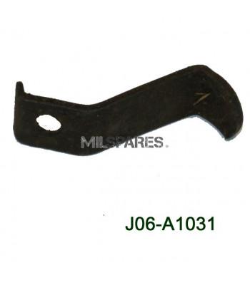 Head light bolt retainer